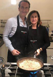Nino Bevilacqua con la chef Patrizia di Benedetto del ristorante Bye Bye Blues di Palermo